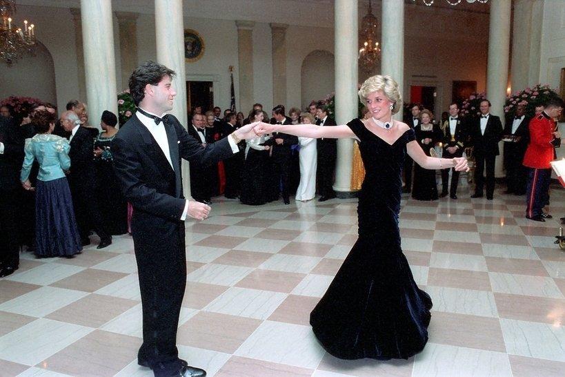 Koniec kultu księżnej Diany? Nikt nie chciał kupić jej sukni na aukcji!