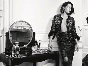 Kristen Stewart w reklamie Chanel