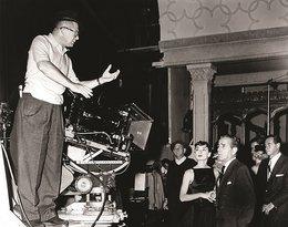 Książka z nieznanymi zdjęciami Audrey Hepburn. David Wills, Audrey: The 50's, HarperCollins