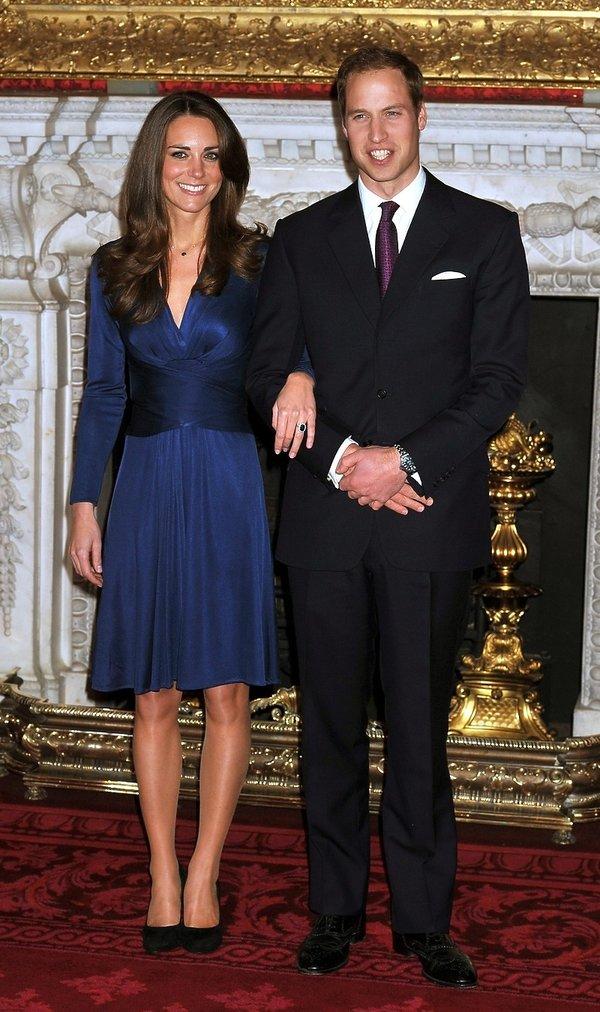 Księżna Kate zaręczynowa stylizacja