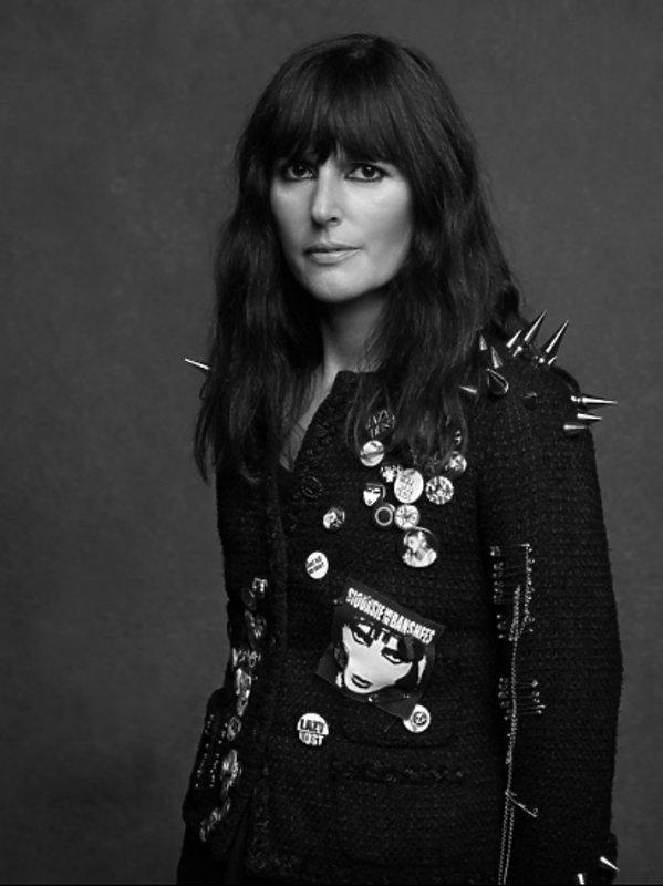 Kto zastąpi Karla Lagerfelda w Chanel? Oto jego prawa rękę Virginie Viard!