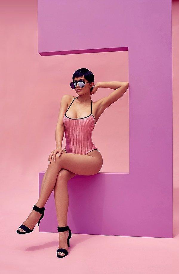 Kylie Jenner zaprojektowała kolekcję okularów dla australijskiej marki Quay