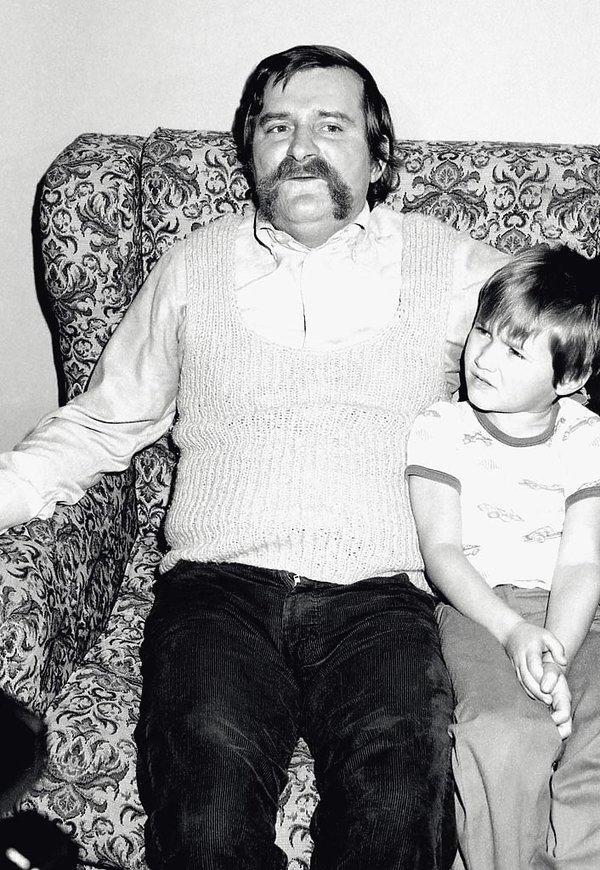 Lech Wałęsa z synem Jarosławem, 1983 rok