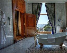 Luksusowe łazienki hotelowe