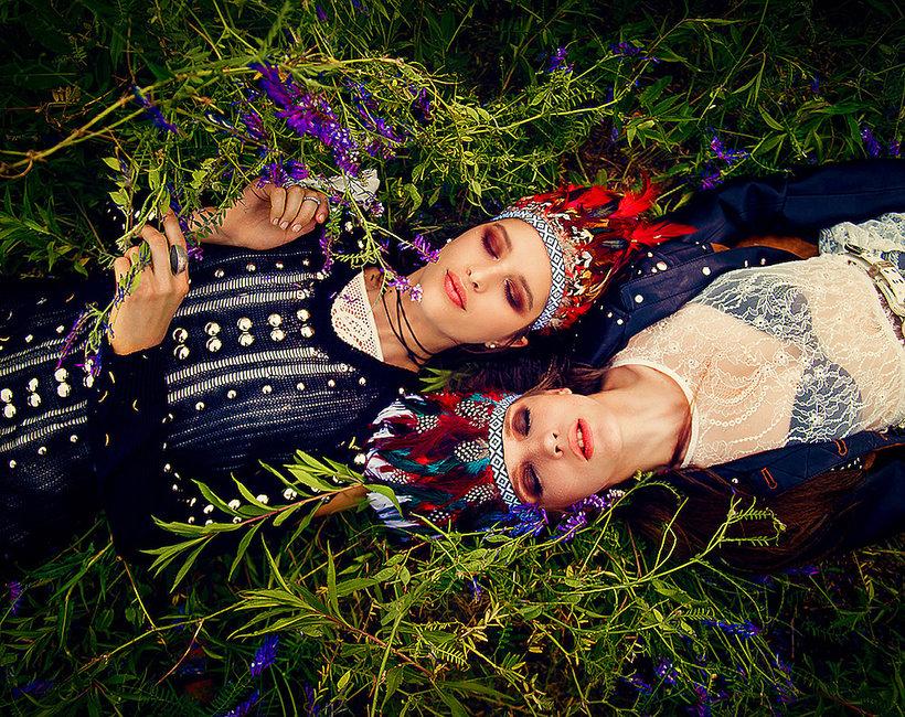 Moda festiwalowa - stylowe pióropusze polska marka Ajdacho