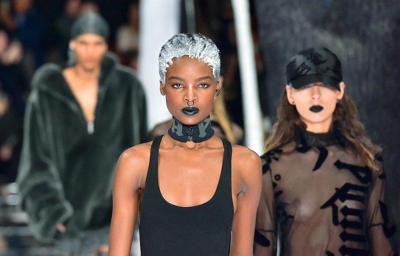 Modelki na pokazie Rihanny dla marki Puma.Fenty X Puma