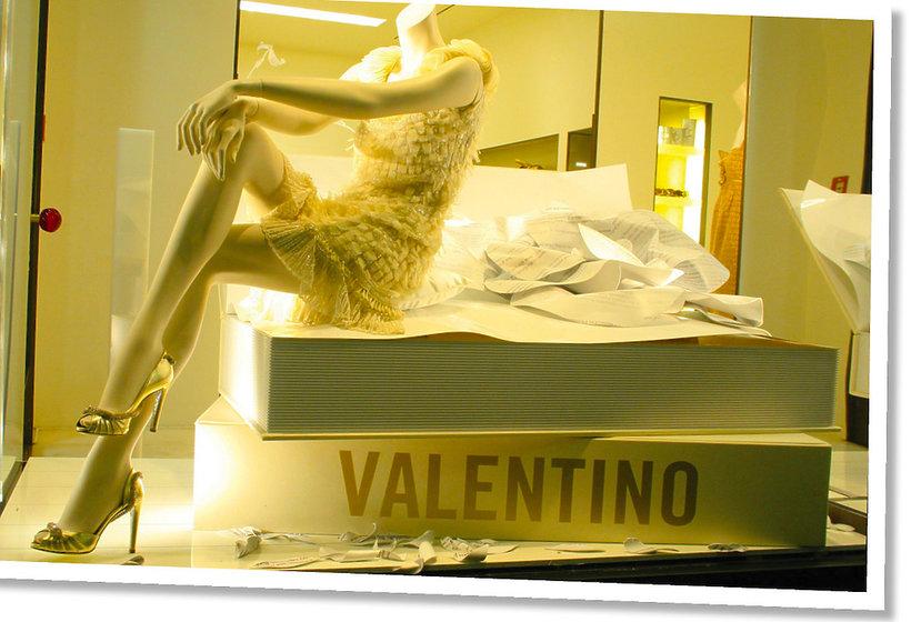 Nowe logo Valentino