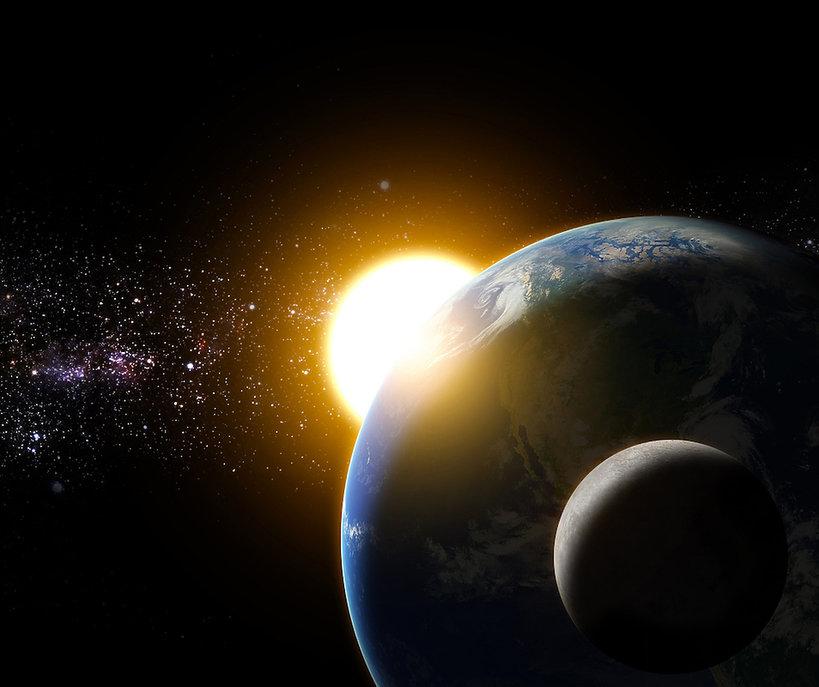 Oświadczyny na orbicie Księżyca