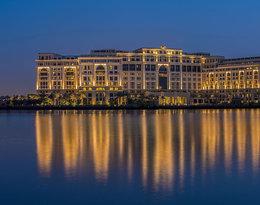 Zobaczcie bajkowy Palazzo Versace w Dubaju! Jego budowa zajęła… 12 lat!
