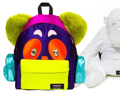 Plecaki marki Eastpak zaprojektowane przez znanych projektantów