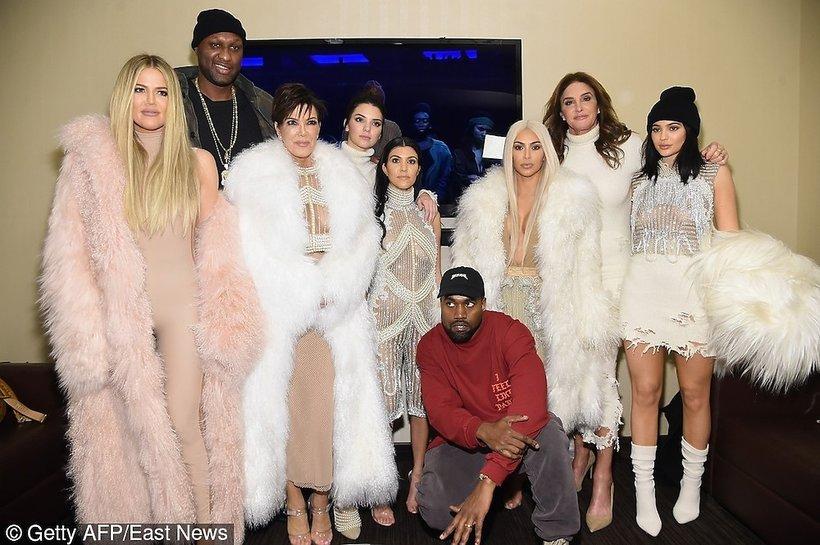 """Rodzina Kardashian na pokazie  """"Yeezy Season 3"""""""