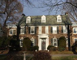 Książę Albert z Monako kupił dom rodzinny swojej matki Grace Kelly w Filadelfii. Poznajcie jego losy!