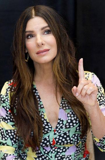 Sandra Bullock w kolczykach polskiej marki Lilou