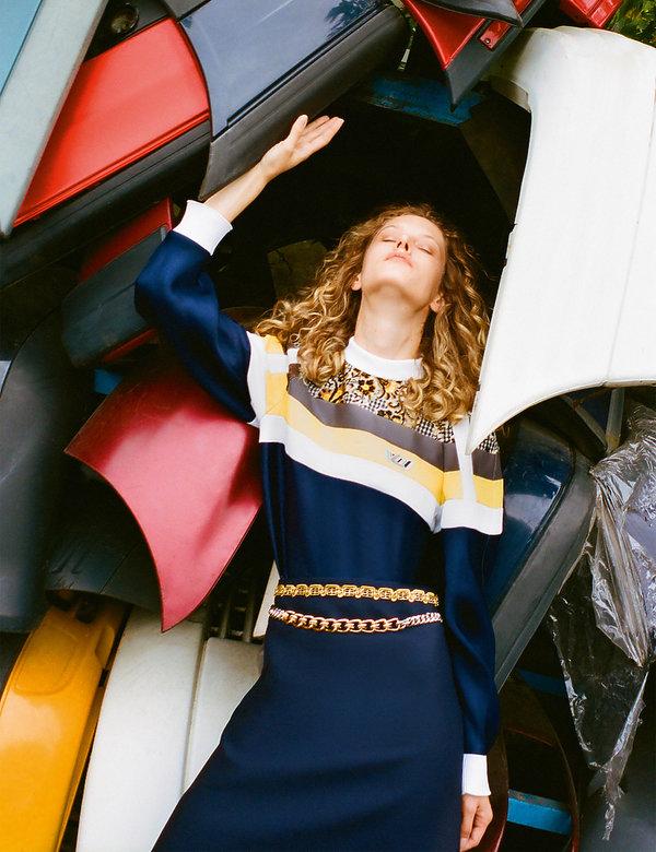 56faaa228a752 sesja z jesienną kolekcją Louis Vuitton z magazynu VIVA! MODA na jesień 2018