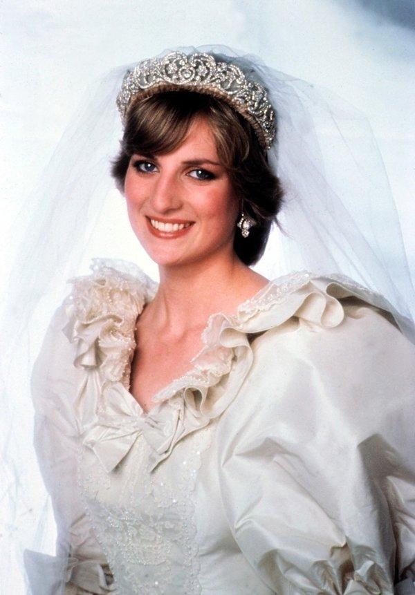 Ślubna suknia księżnej Diany - sekrety, ciekawostki
