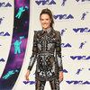 Stylizacje gwiazd na MTV VMAS 2017 Alessandra Ambrosio