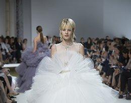 Suknie ślubne z pokazu haute couture jesień 2016 Giambattista Valli