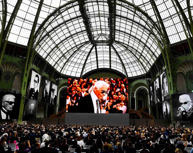 Świat mody pożegnał Karla Lagerfelda w Grand Palais w Paryżu