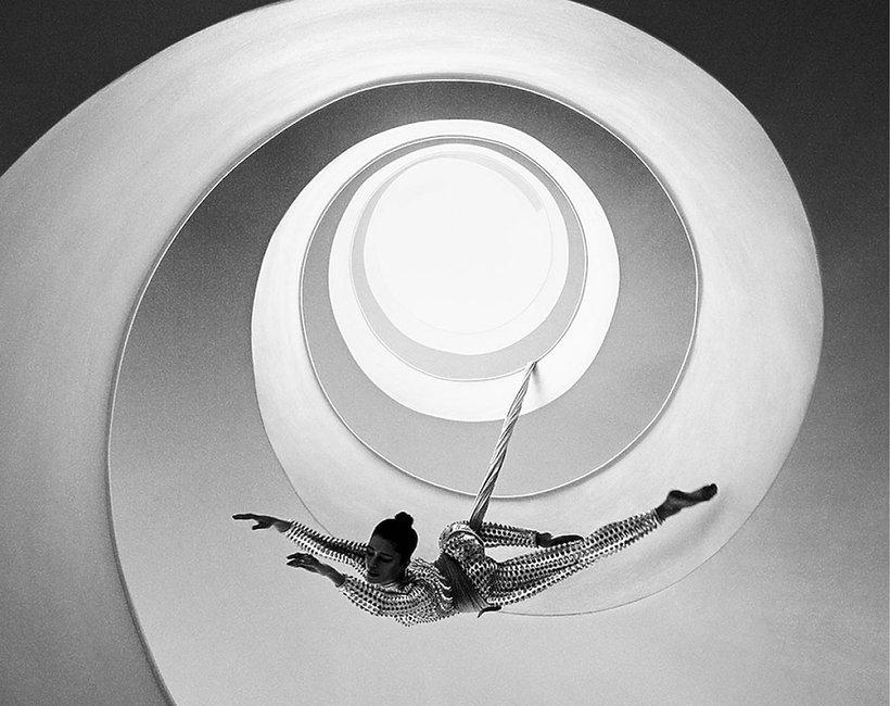 Szymon Brodziak najlepszym na świecie twórcą fotografii czarno-białej