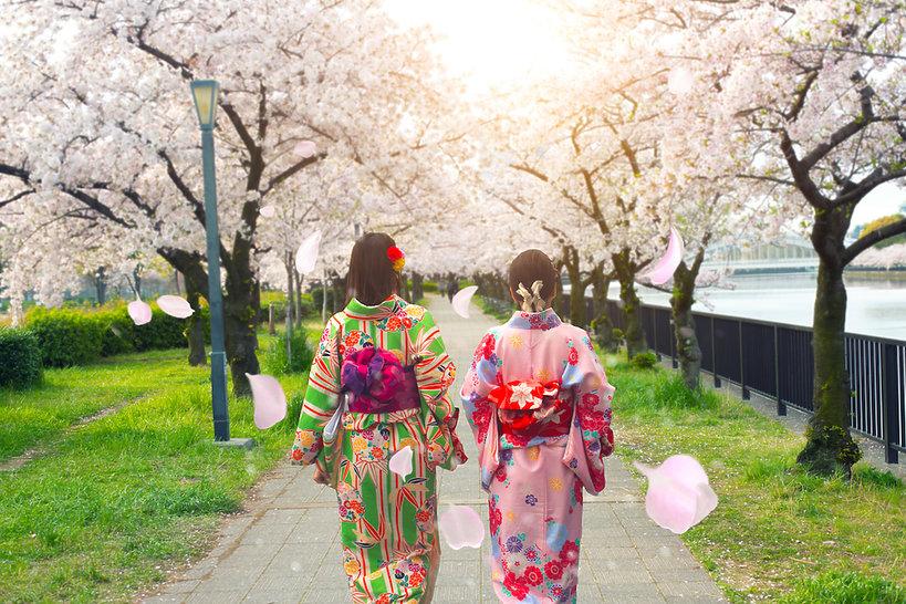 Tokio - nowy numer VIVA! MODA
