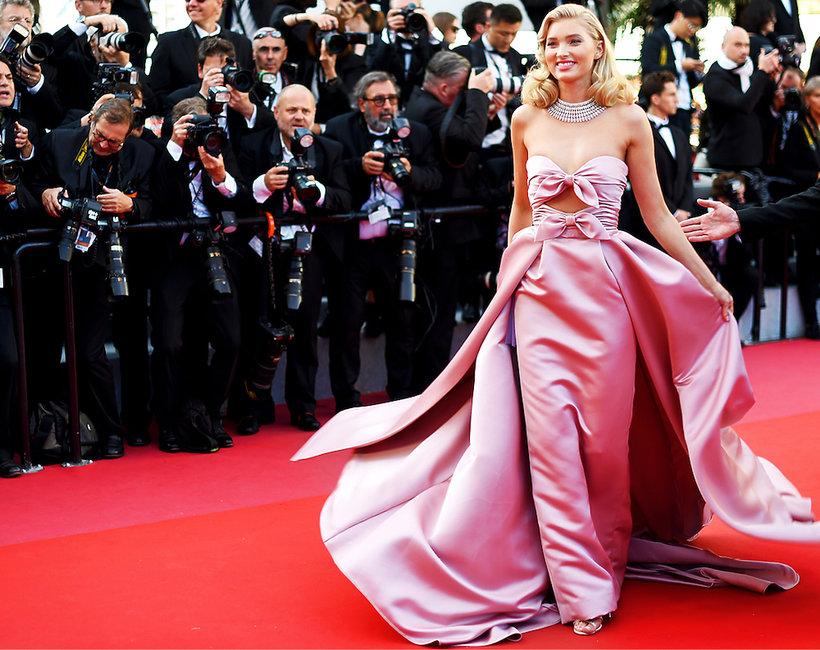 5f145f4b6e 7 zobacz 7 Trendy suknie kreacje na czerwonym dywanie Oscary 2019 ...