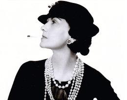Dziś rocznica urodzin Coco Chanel. Co jej zawdzięczamy?