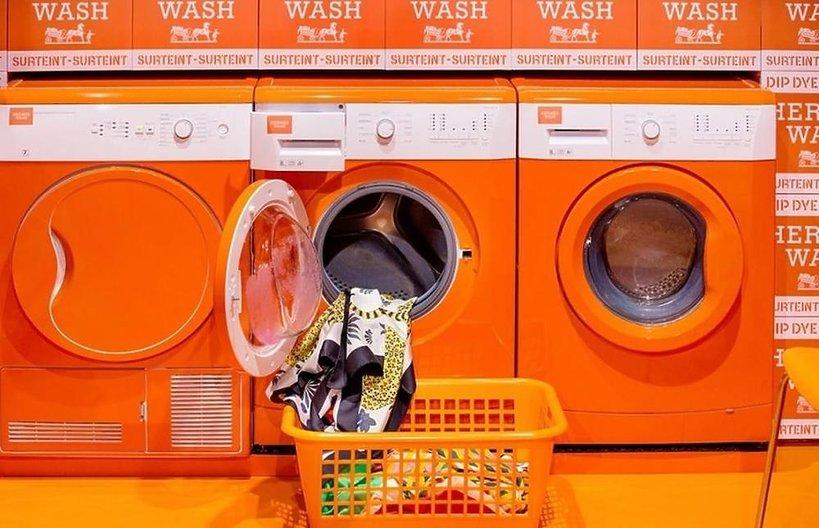 W butikach domu mody Hermès pojawiły się lususowe pralnie