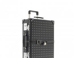 walizka zaprojektowane przez dom mody Alexander McQueen