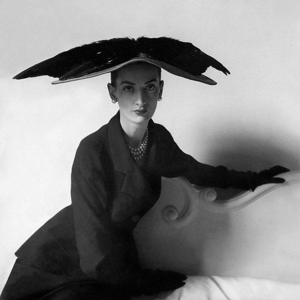 Wystawa Balenciaga: Shaping Fashion, Victoria and Albert Museum, Londyn, czynna od 27 maja 2017 do 18 lutego 2018