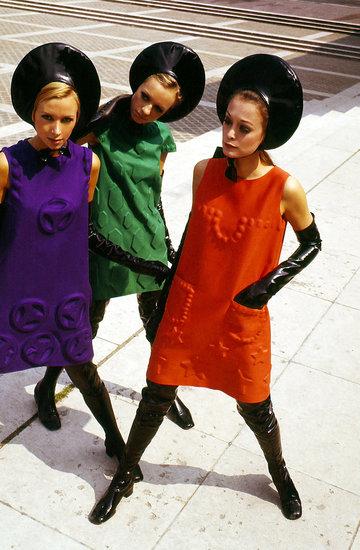 """Wystawa kreacji Pierre'a Cardina Fashion Futurist"""" w Düsseldorfie"""